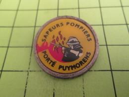1717  Pin's Pins / Beau Et Rare : THEME : POMPIERS / SAPEURS-POMPIERS PORTé PUYMORENS - Firemen
