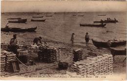 Bassin D'Arcachon Blanchissage Des Ruches  Belle écrite 4/4/1917 Très Bon état Animé Gros Plan - Arcachon