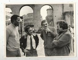 Photographie The Associated Press, 1969 , Fim : The GAMES , Rome , CHARLES AZNAVOUR ,  3 Scans , Frais Fr 1.95e - Célébrités