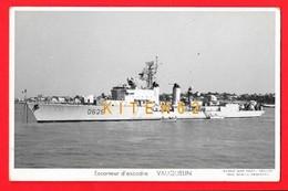 Escorteur D'escadre VAUQUELIN; Animé, Chaloupe - Guerre