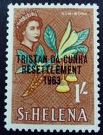 Tristan Da Cunha Sainte Hélène St Helena 1963 Fleur Flower Surchargé Overprinted RESETTLEMENT Yvert 63 ** MNH - Saint Helena Island