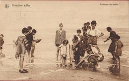 Breedene Su Mer Bredene Strand Plage Barbotage Des Petits ZELDZAAM (In Zeer Goede Staat) - Bredene
