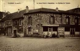 95 - TAVERNY LE ROND POINT A VAUCELLES LE BUREAU DE TABAC / A 482 - Taverny