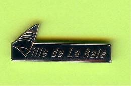 Pin's Ville Du Québec La Baie - 7FF17 - Villes