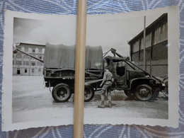 22  DINAN  Quartier Beaumanoir PHOTO 65 EME COMPAGNIE DE REPARATION DE MATERIEL LEGER MILTAIRE CAMION  DEPANNEUSE GMC - Places