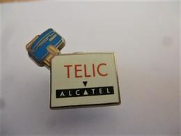 PINS TELIC ALCATEL Téléphone / Signé BLUE WEDGE / 33NAT - France Telecom