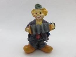 185 - Figurine - Clown à L'accordéon - Résine Peinte - Figurillas