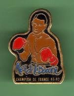BOXE *** MENDI CHAMPION DU MONDE 91-92 *** 1027 (49) - Boxing