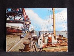 Brake An Der Unterweser Hafen__(U-579) - Ships