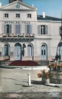 CPA - France - (16) Charente - Ruffec - L'Hôtel De Ville - Ruffec