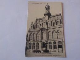 CPA  BOHAIN HOTEL DE VILLE VIEILLE AUTOMOBILE CABRIOLET AU 1ER PLAN  VOYAGEE 1929 NON TIMBREE - France