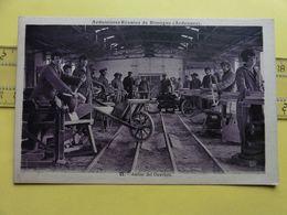 Ardoisieres Reunies Rimogne Ardennes Atelier Des Ouvriers - Industrie