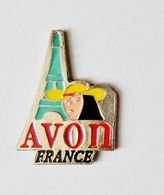 Pin's AVON France Tour Eiffel - 0789R - Trademarks