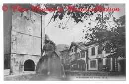 ASCAIN FACADE DE L EGLISE ET MONUMENT DES MORTS - PYRENEES ATLANTIQUES  - POUR ROUX BORDEAUX - CPA - Ascain