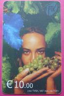 Kosovo CHIP PHONE CARD 10 EURO Operator VALA900. Serial # 0007... *Girl With Grape* - Kosovo
