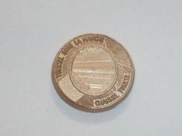 Pin's PIECE-JETON, TUNNEL SOUS LA MANCHE 1990, Signe CLUB FRANCAIS DE LA MONNAIE - Badges