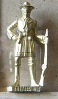 MONDOSORPRESA, (SLDN°62) KINDER FERRERO, SOLDATINI IN METALLO FAMOSI COWBOY SERIE 2 85/93 B. BUFFALO BILL  DORATO - Figurines En Métal
