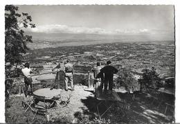 CPSM Dentelée En GF Et En NB De LE  MONT  SALEVE (74) - Panorama Sur Genève Et Le Lac Léman, Vus Du Chalet       //  TBE - Andere Gemeenten