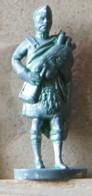 MONDOSORPRESA, (SLDN°68) KINDER FERRERO, SOLDATINI IN METALLO SCOZZESE 1850-1908 35MM F35 - Figurine In Metallo