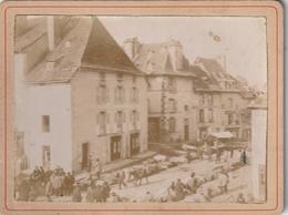 Mur De Barrez (Aveyon) - La Place ; Matin De Foire - Lieux