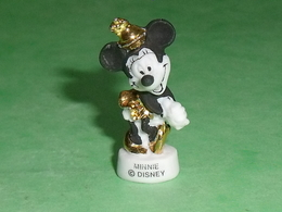 "Fèves / Disney / Dessins Animés :  Minnie ( Filet OR ) "" Mat ""   T87 - Disney"