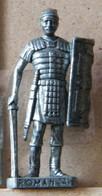 MONDOSORPRESA, (SLDN°94) KINDER FERRERO, SOLDATINI IN METALLO ROMANI 100/300 N° 4 SCAME VECCHIO ARGENTO - Figurine In Metallo