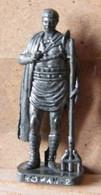 MONDOSORPRESA, (SLDN°95) KINDER FERRERO, SOLDATINI IN METALLO ROMANI 100/300 N° 2 SCAME VECCHIO ARGENTO - Figurine In Metallo