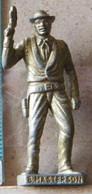 MONDOSORPRESA, (SLDN°103) KINDER FERRERO, SOLDATINI IN METALLO COWBOY 1° BAD MASTERSON VECCHIO OTTONE BRUNITO - Figurine In Metallo