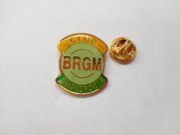 Beau Pin's , Club Omnisports Du B R G M - Orleans , Loiret - Badges