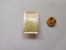 Beau Pin's , JO , Jeux Olympiques  Albertville 1992 , Média CBS , Signé 36 USC 380 - Olympic Games