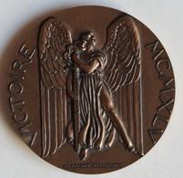 Médaille Bronze Victoire MCMXLV Général De Gaulle 8 Mai 1945 Guerre WW2 Raymond Delamarre - Otros