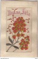 N°6610 - Carte Brodée - Bonne Fête - Fleurs Rouge Et Or - Embroidered