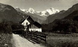 INTERLAKEN- Unterseen, Eiger, Mönch. Suiza Switzerland Suisse Schweiz - BE Berne