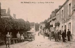 Cpa 41 MOLINEUF  Le Bourg  Café Du Pont , Belle Animation Attelage, Automobile ,peu Courante, En Très Bon état - Francia