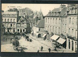 CPA - PAIMPOL - La Place, Animé - Attelages - Paimpol