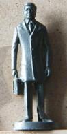 MONDOSORPRESA, (SLDN°105) KINDER FERRERO, SOLDATINI IN METALLO PROFESSORI - Metal Figurines