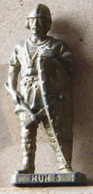 MONDOSORPRESA, (SLDN°109) KINDER FERRERO, SOLDATINI IN METALLO UNNI 3 K95 N109 - Metal Figurines