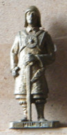 MONDOSORPRESA, (SLDN°111) KINDER FERRERO, SOLDATINI IN METALLO UNNI 1 K95 N107 - Metal Figurines