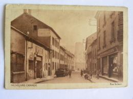 CPA (57) Moselle - MOYEUVRE GRANDE - Rue Saint Jean - Tabac Librairie - Arzviller