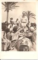 Carte Photo Rudolf CARACCIOLA Avec Autographe , Après Sa Victoire Dans Le Grand Prix De TRIPOLI Sur MERCEDES-BENZ - Grand Prix / F1
