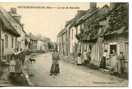 1383. CPA 60 CREVECOEUR LE GRAND. LA RUE DE MARSEILLE 1911 - Crevecoeur Le Grand