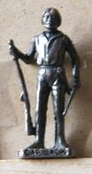 MONDOSORPRESA, (SLDN°117) KINDER FERRERO, SOLDATINI IN METALLO INDIANI SECONDA SERIE, CAP JACK, 40 MM VECCHIO BRUNITO - Metal Figurines