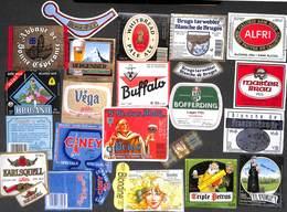 Lot 40 Etiquettes Bière (Buffalo Blanche De Bruges Blondine Vega Alfri Triple Petrus Flandrien.) (Lot 3) - Beer