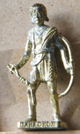 MONDOSORPRESA, (SLDN°119) KINDER FERRERO, SOLDATINI IN METALLO INDIANI SECONDA SERIE, TAHROHON, 40 MM DORATO - Figurine In Metallo