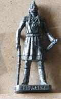 MONDOSORPRESA, (SLDN°126) KINDER FERRERO, SOLDATINI IN METALLO INDIANI PRIMA SERIE,TECUMSEH  40 MM VECCHIO ARGENTO - Figurines En Métal