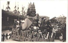 FR06 NICE - Carte Photo - Le Roi Et Ses Fous - Animée - Belle - Carnaval