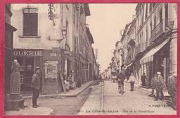 CPA 38 LA COTE ST ANDRE Rue De La République  ( Animée - La Côte-Saint-André