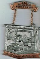 15 Ivv Wanderung Messerlich 1990 - Entriegelungschips Und Medaillen