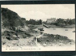 CPA - ILE DE BREHAT - La Chaussée Du Port Clos, Animé - Ile De Bréhat