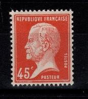 Pasteur YV 175 N** Bien Centré Cote 5+ Euros - Francia
